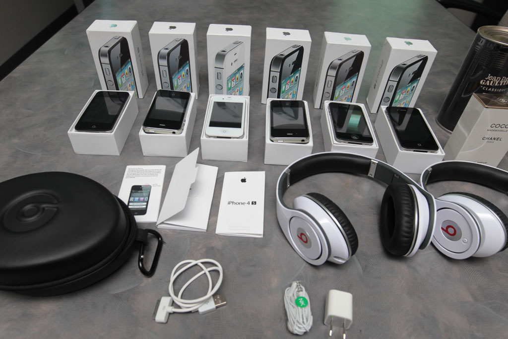 iphone counterfeit products