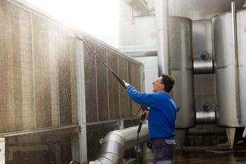 hiring industrial cleaning companies