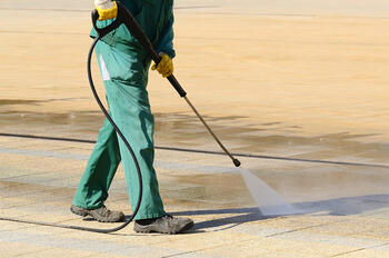 industrial cleaning companies